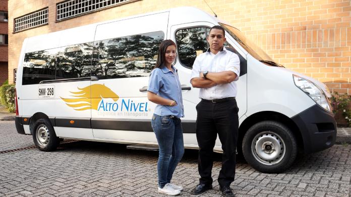 Empresa de transporte Alto Nivel